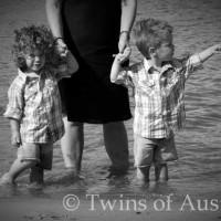 Fraternal Twins – Austin & Memphis