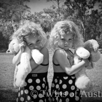 Identical Twins – Shaylee & Shameeka