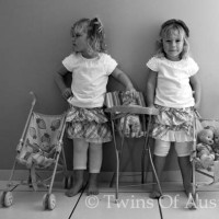 Identical Twins – Lola & Lilly