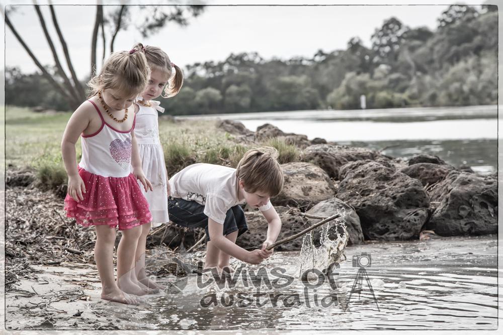 © Helga Dalla Twins of Australia
